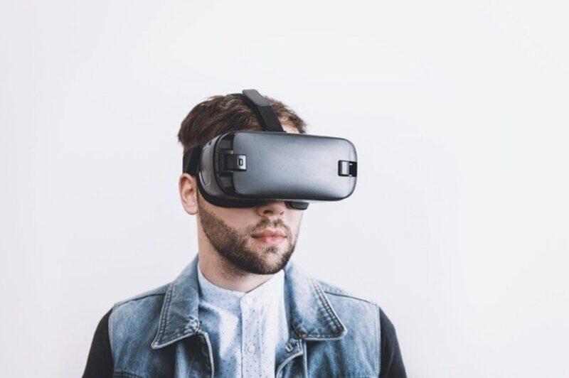 Perspektywy rozwoju wirtualnej rzeczywistości
